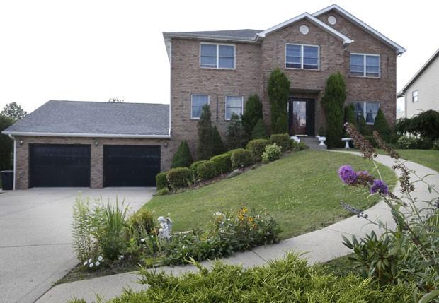 Casa de US$ 280 mil foi leiloada por causa de uma dívida de US$ 6,30 (Foto: Keith Srakocic/AP)