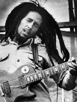Bob Marley em imagem de 1979. (Foto: AP)